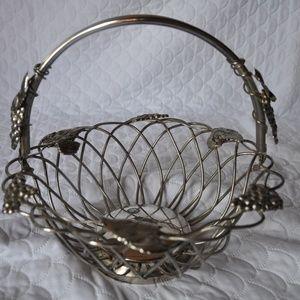 Godinger silver plated fruit basket